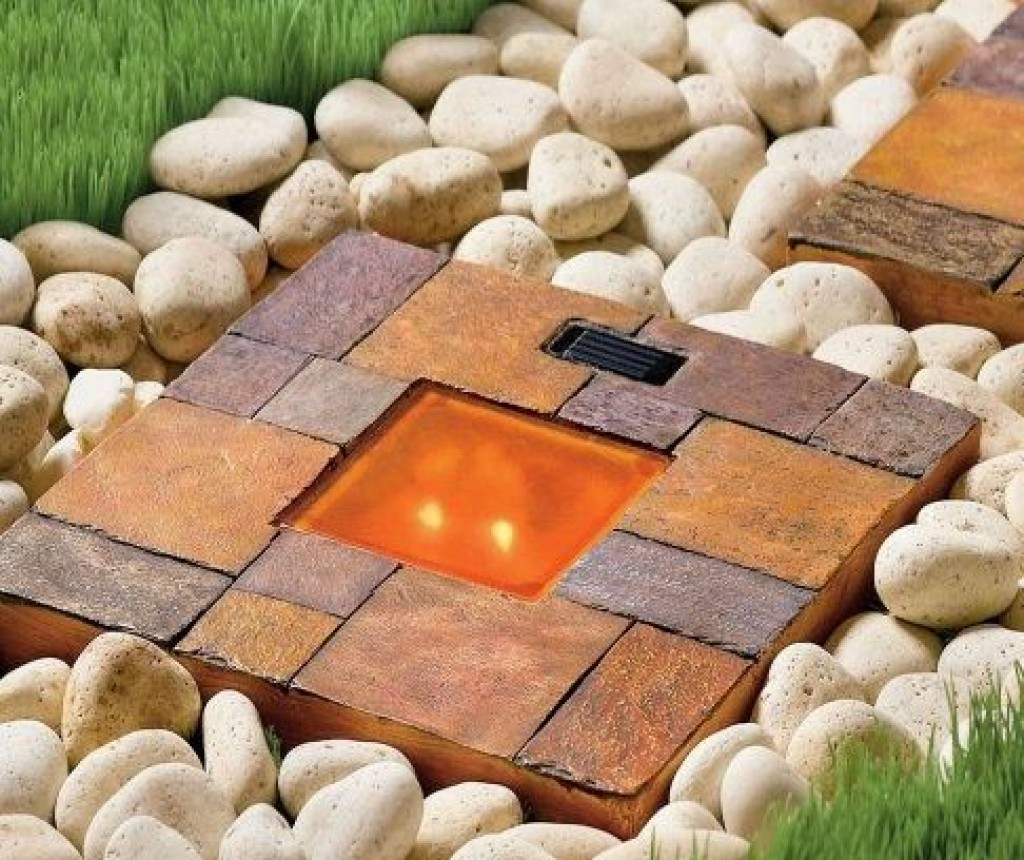 Solar stepping stone gadgets matrix for Solar powered glow stepping stones