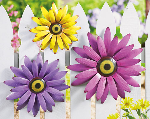 Metal Flower Decor Set