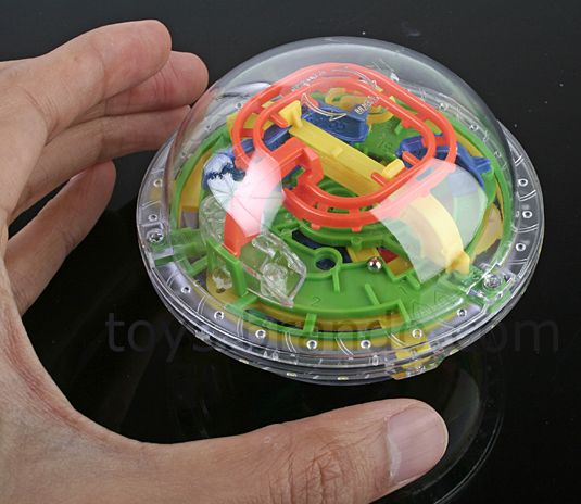 Tiny Turnable 360 Maze Ball