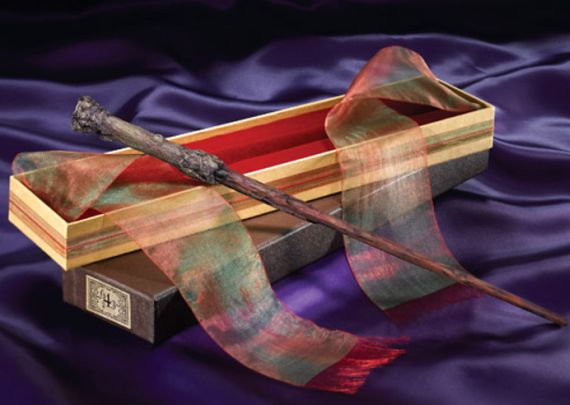 Harry Potter's Wand with Ollivander's Box