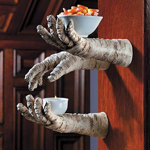 Mummy Hand