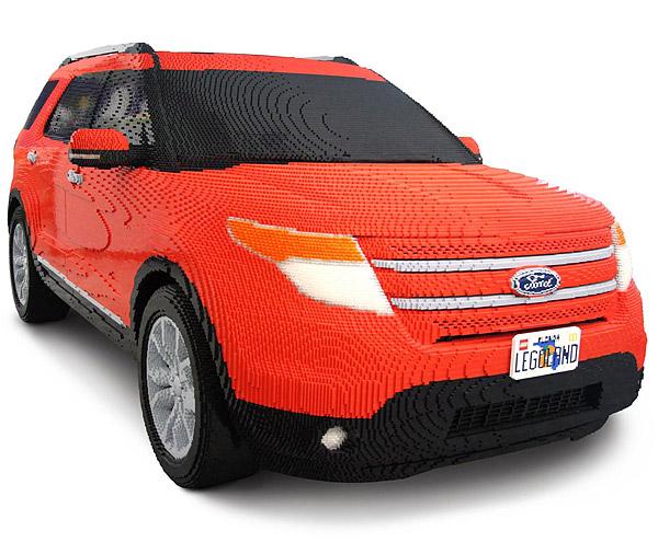 Lego Ford Explorer