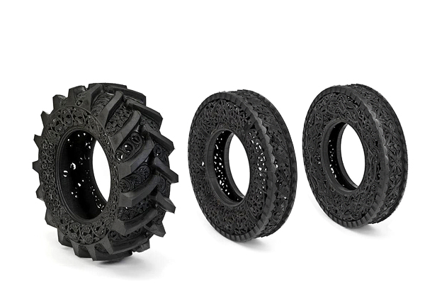 Rubber Carvings Turn Tires Into Art