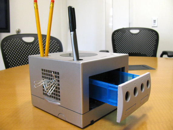 Recycled GameCube Desktop Organizer