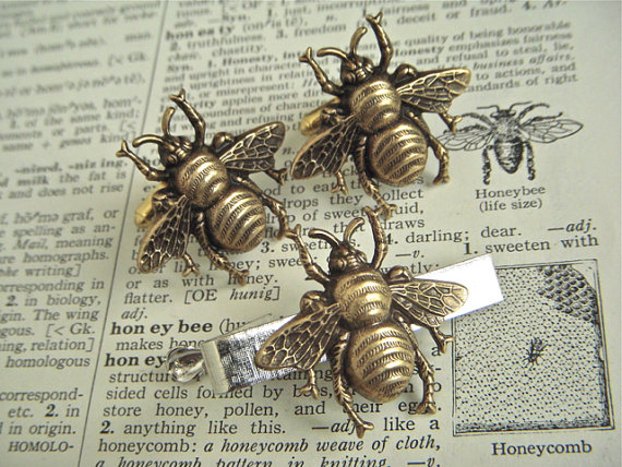 Bee Cufflinks Tie Bar Set