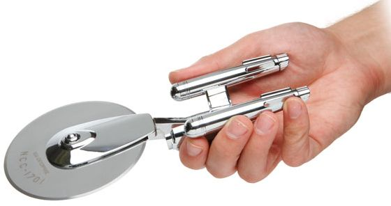 Black Friday: Star Trek Enterprise Pizza Cutter