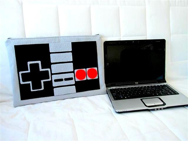 Notebook Nintendo NES Controller Case