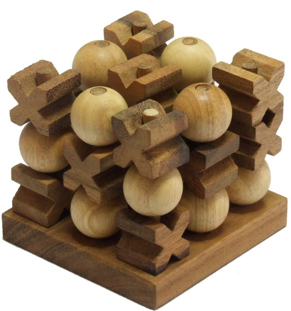 Handmade 3D Tic-Tac-Toe Game