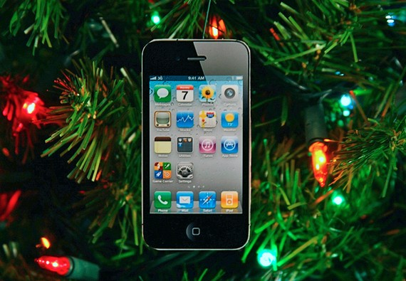 iPhone 4S Christmas Ornaments