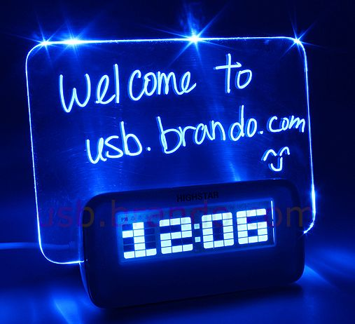 USB 4-Port Hub with Alarm Clock and Erasable Memo Board