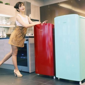 Samsung Launches Mini Refrigerator with Style and Practicality