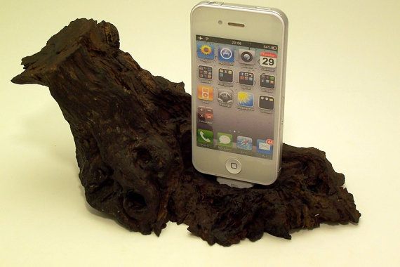 Wooden iPhone or iPod dock / charging station