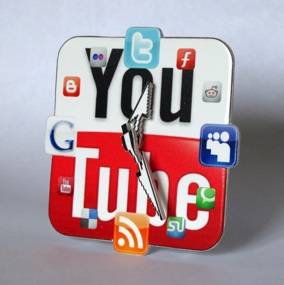 YouTube Icon Table Clock