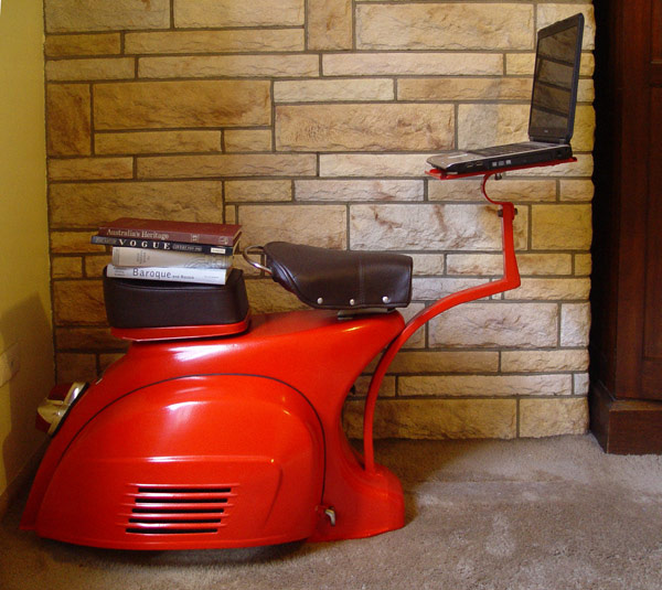 Vespa Computer Workstation