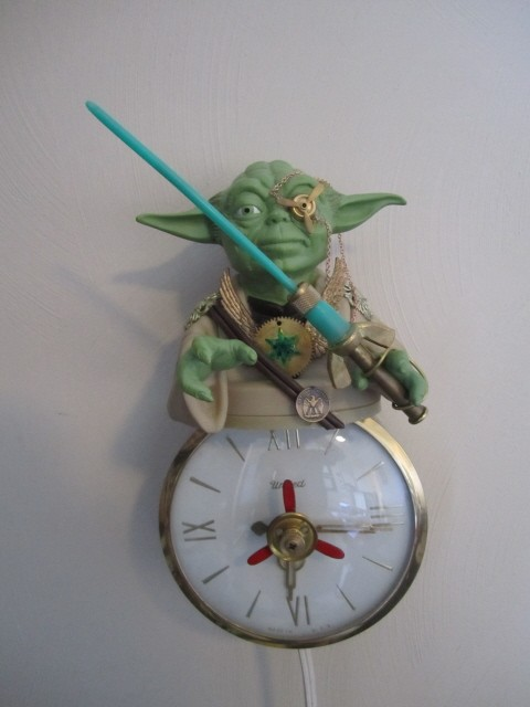 Steampunk Yoda Clock