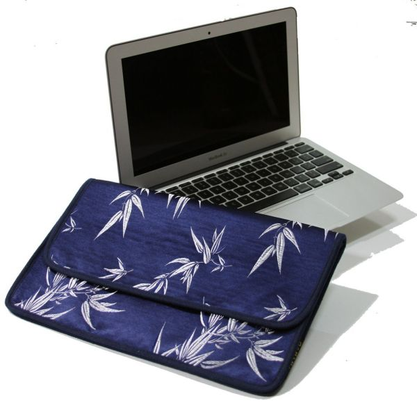 Limited Edition Macbook Air 13″ Protective Sleeve Case