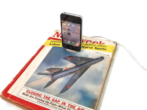 iPhone iPod Magazine Dock Charger