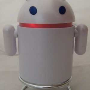 Android Robot Style USB Rechargeable FM/MP3 Player