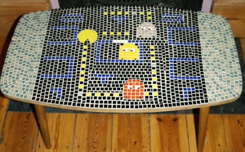 Retro mosaic game table