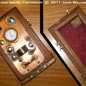 "iCog Dione"" (tm): Wooden Steampunk Case for the Apple iPhone (R) 4 / 4s"