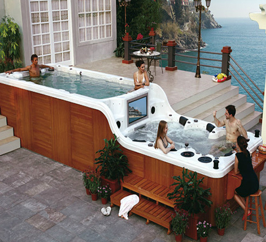 Spambient S Hot Tub With Built In Tv Gadgets Matrix