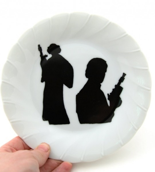 Star Wars (R) Inspired Han Solo (R) and Princess Leia (R) Fan Art Dish.