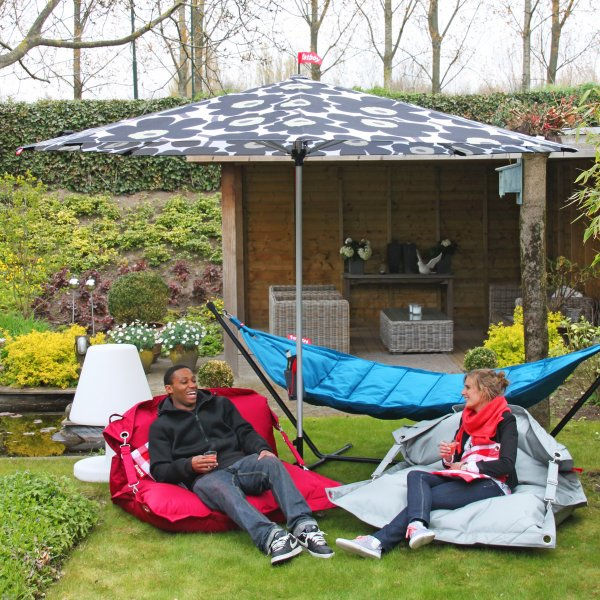 fatboy outdoor beanbag chair gadgets matrix. Black Bedroom Furniture Sets. Home Design Ideas