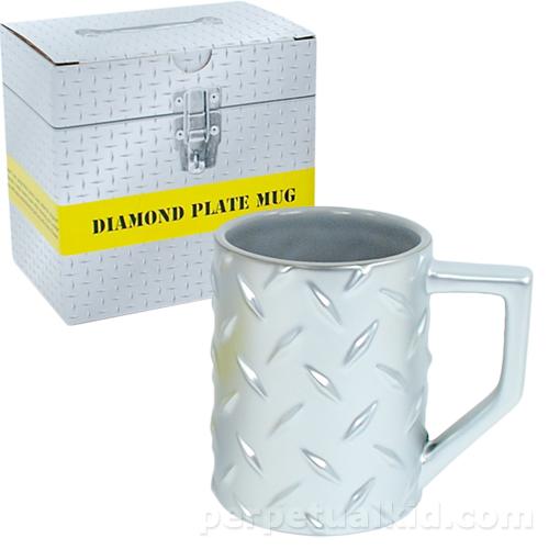 DIAMOND PLATE MUG