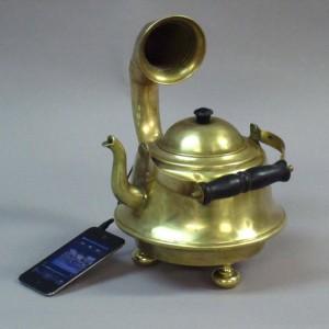 Teapot Ipod Music Player Gramophone
