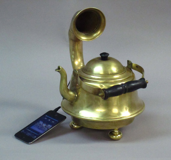 Teapot Ipod Music Player Gramophone