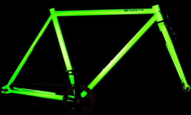 Solar activated glow in the dark bicycle