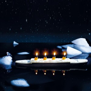 Floating Candle Titanic