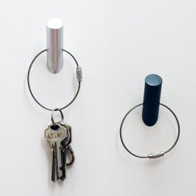 Black Hookeychain Magnet