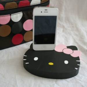 Hello Kitty iPhone/ iPod Charger Black