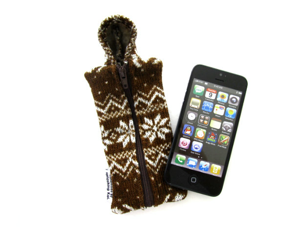 iPhone 5 Fabric Case