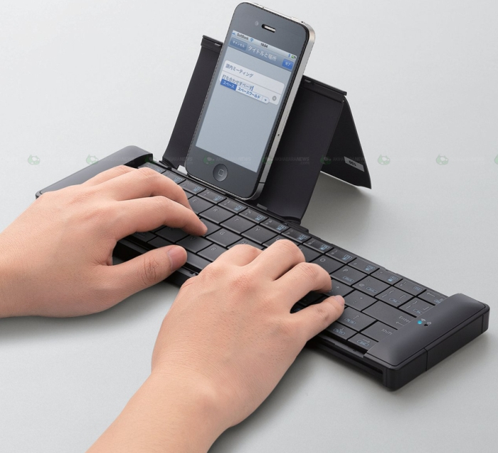 Elecom universal Bluetooth Keyboard