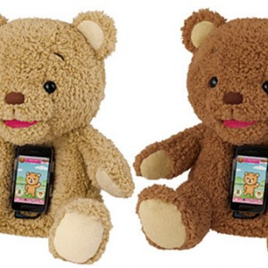 A Teddy Bear With A Smartphone Heart Read more at http://www.yankodesign.com/2012/11/08/a-teddy-bear-with-a-smartphone-heart/#ZWuy4bkq4OIudBVv.99