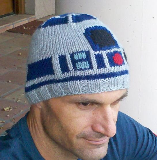 Droid ski toque/hat