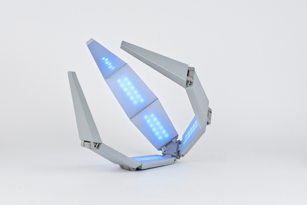 Shape Shifting Solar Lamp