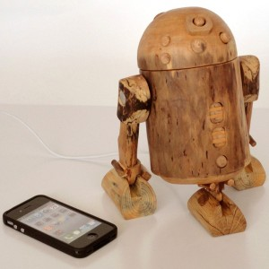 R2D2 iPhone dock - robot in function of a docking station (iPhone dock, iPod dock, new iPhone 5 compatible) - unique design