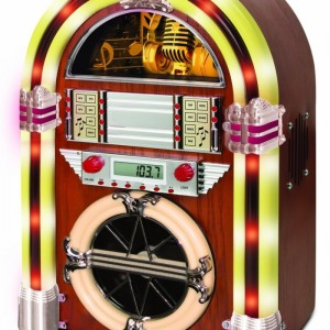 CD Jukebox with AM/FM Radio