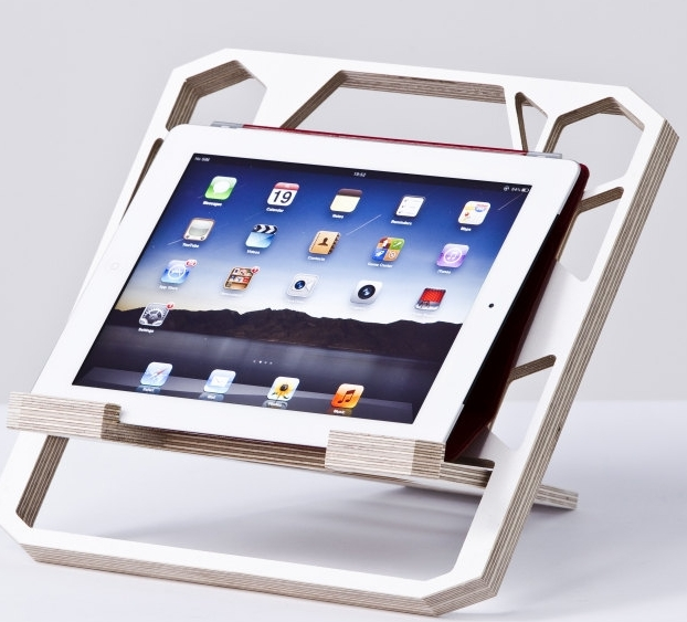 Ergonomic laptop / notebook stand