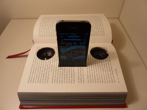 iPhone Speaker Book Dock & Charger