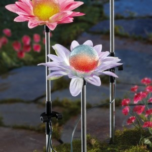Color Changing Solar Flower Garden Stakes