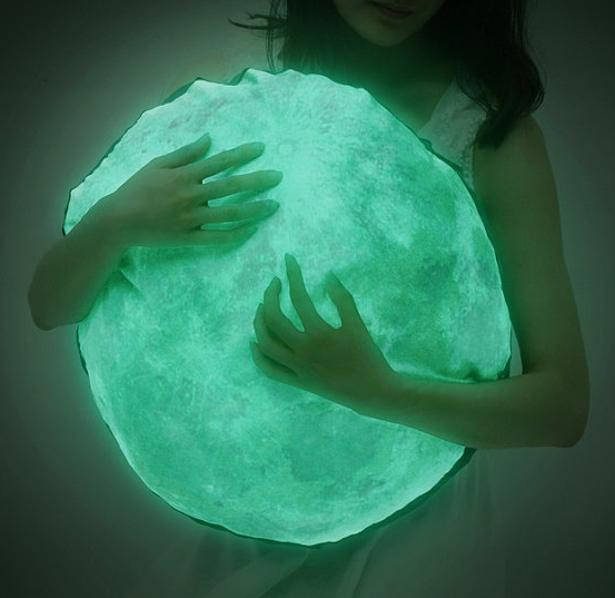 Glow moon pillow