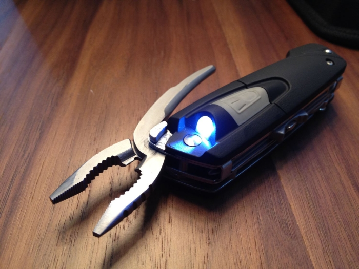 Multifunctional Knife with Led Light