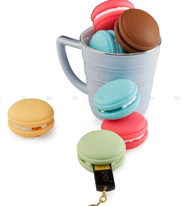 Macaron shaped USB flash drives