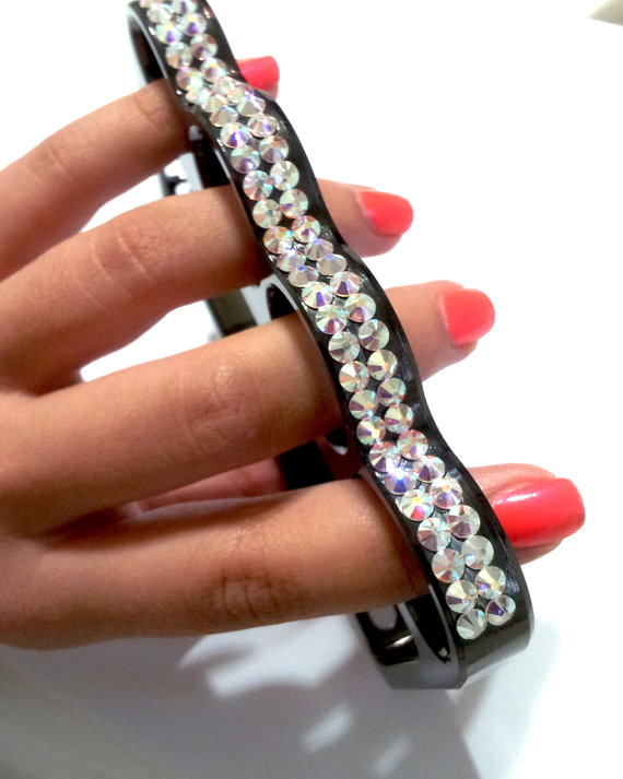 iPhone 5 Knuckle case with Swarovski crystals