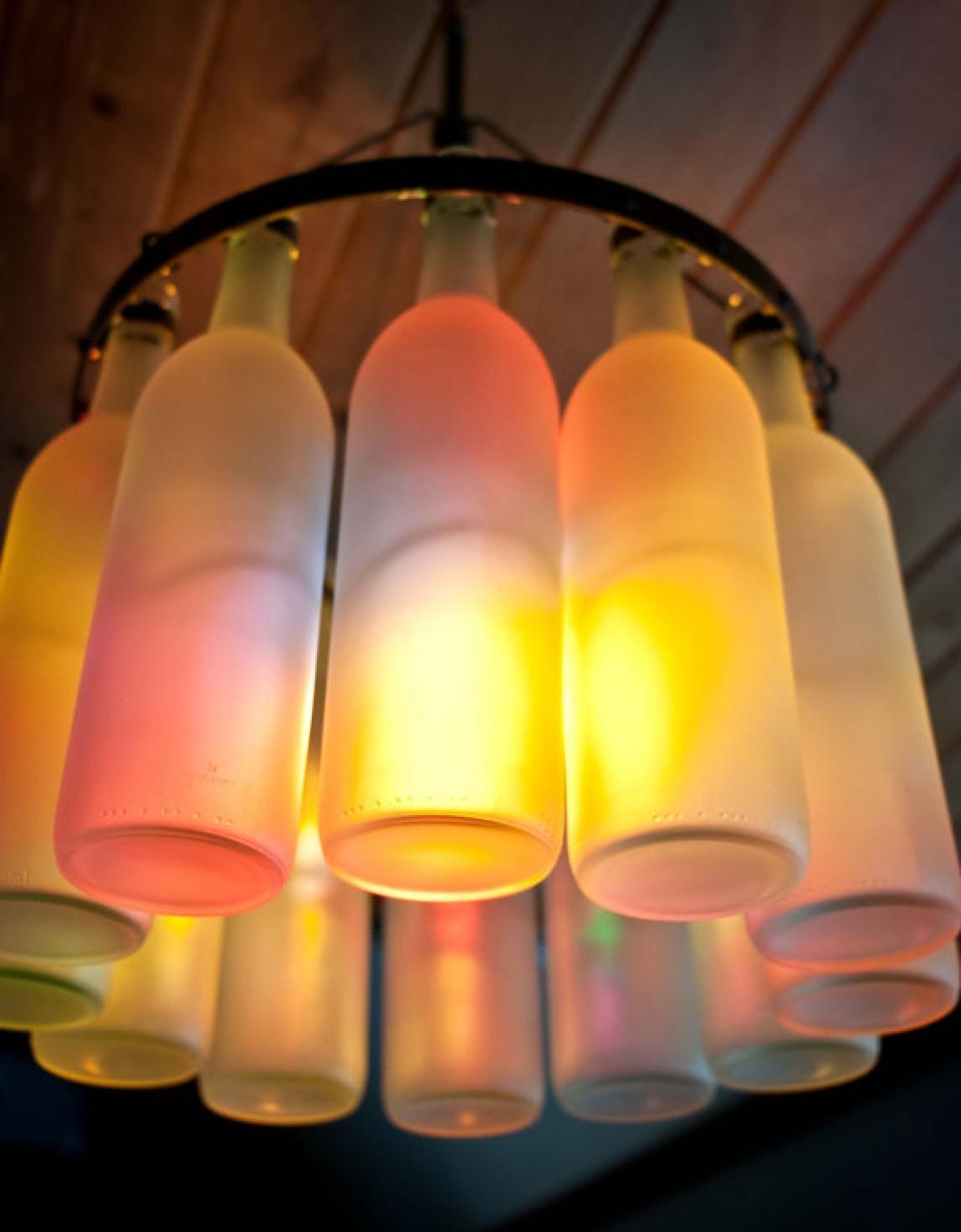 Как из стеклянной бутылки сделать светильник