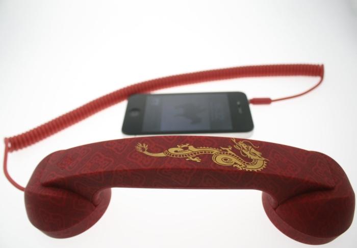 Retro POP Phone – Dragon Red